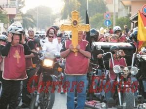 croce e motociclisti