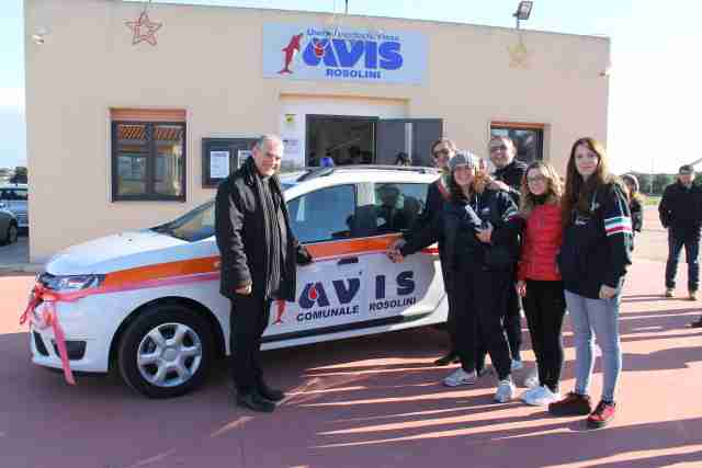 Inaugurata e benedetta la nuova autovettura dell'Avis di Rosolini