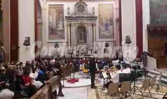 Un concerto di Natale tra arte e musica per l'Istituto De Cillis – Il Video