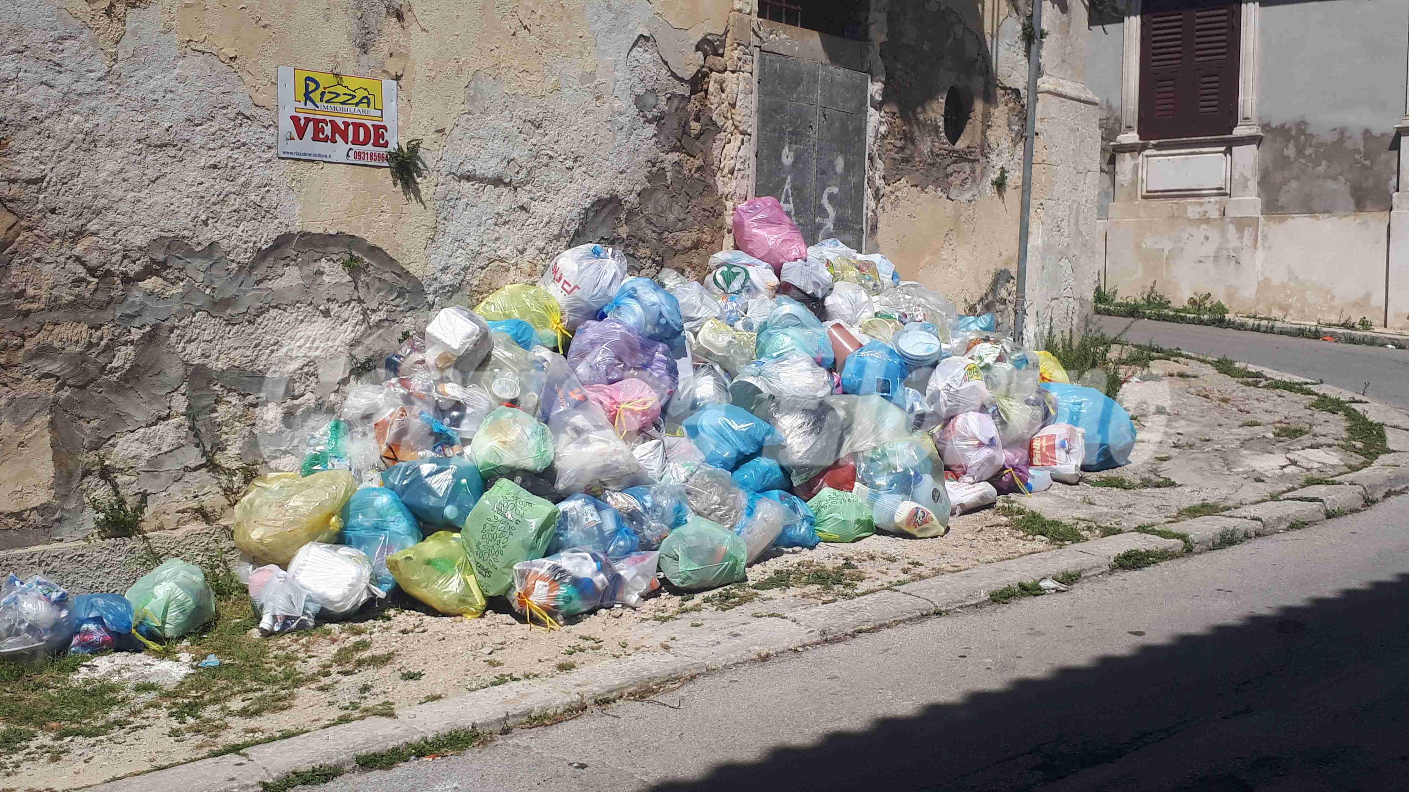 Abbandono rifiuti: arrivano le prime multe!