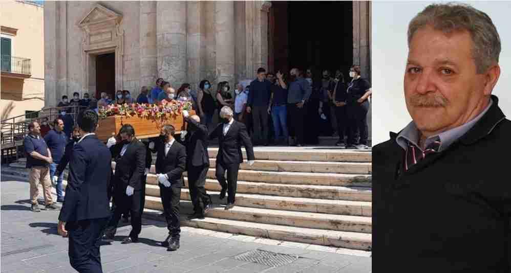 """L'ultimo saluto a Salvatore Milano, don Luigi: """"Vivete in pienezza la vita terrena"""""""