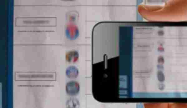 Scatta la foto alla scheda elettorale durante il voto, denunciata donna rosolinese